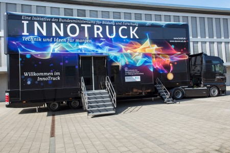 The InnoTruck tours year-round throughout the Federal Republic of Germany